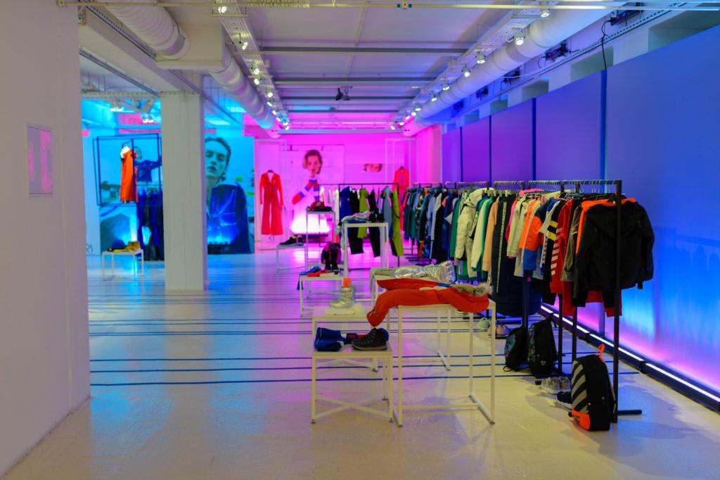 11_4F_030718_highres_fotFilipOkopny-FashionImage