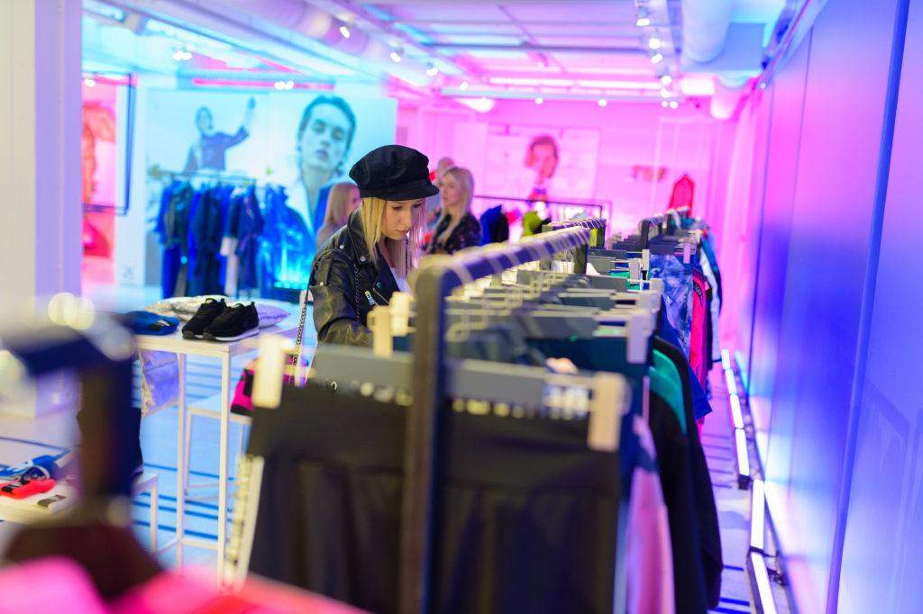 60_4F_030718_highres_fotFilipOkopny-FashionImage